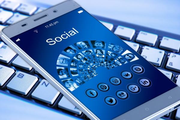 agenzia di influencer marketing e social media