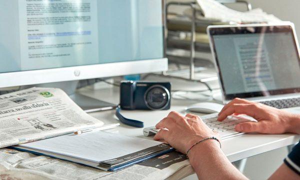 Comunicati stampa online medina communication